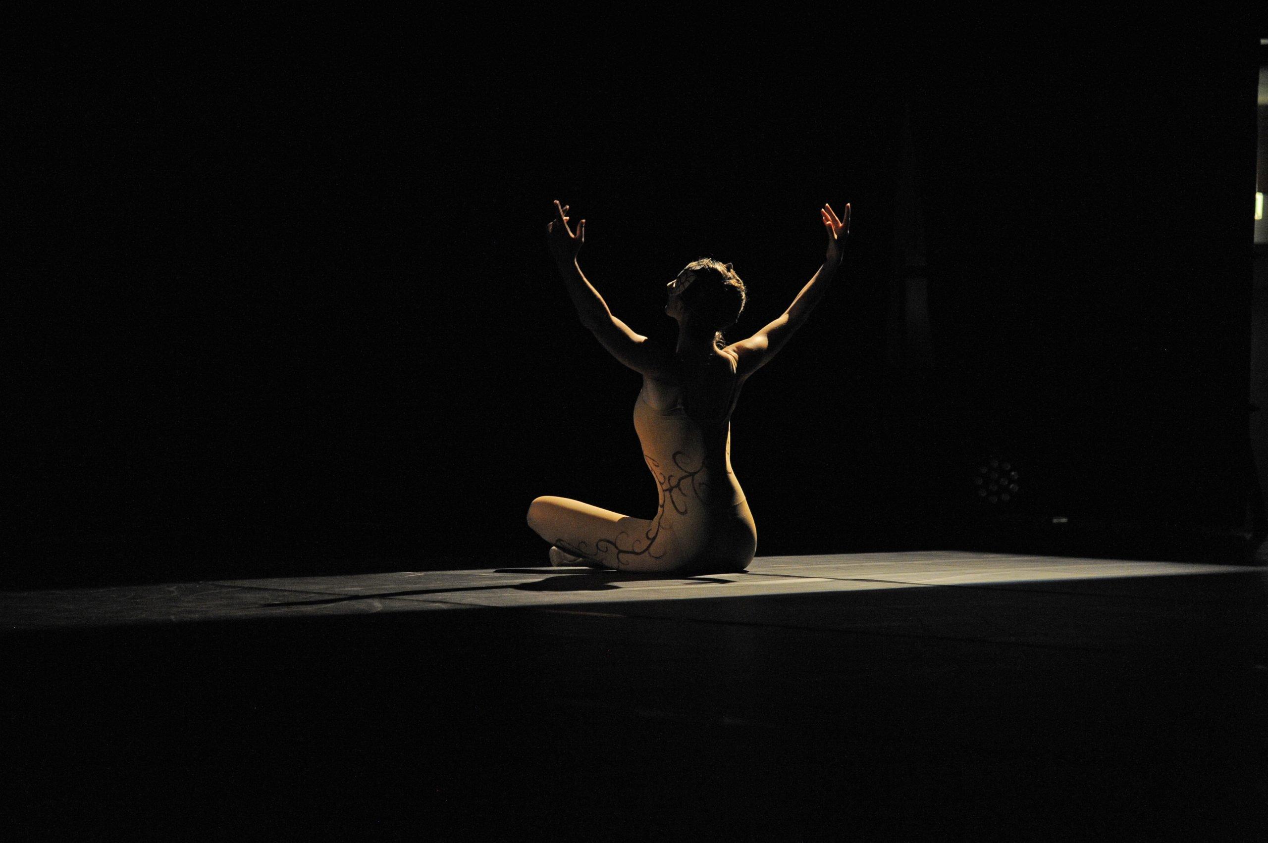 Anaïs Suchet en train de danser